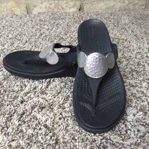 CROCS Silver Detailed Wedged Sandals